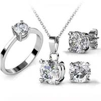 Sell Diamond Jewelry in Vancouver